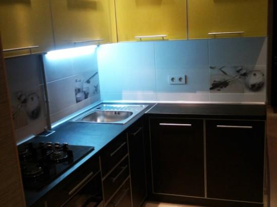 Кухня из пластика 18