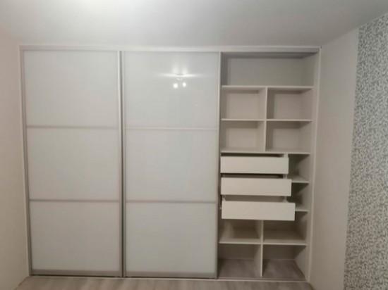 Распашной шкаф 54