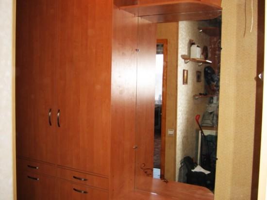 Распашной шкаф 4