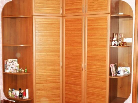 Распашной шкаф 7