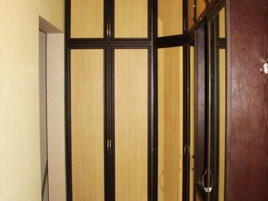 Распашной шкаф 9